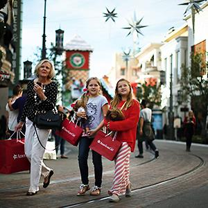Credit: © Lucy Nicholson/Reuters