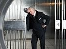 Image: Bank Vault (© Radius Images/Jupiterimages)