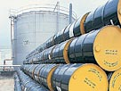 Image: Oil drums (&#194;&#169; Kevin Phillips/Digital Vision/age fotostock)