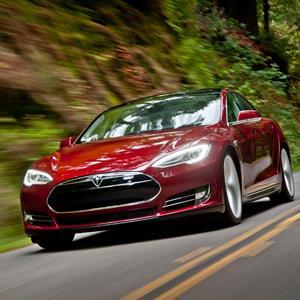 © 2013 Tesla Motors