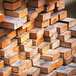 Lumber, construction copyright fotog, Tetra images, Getty Images