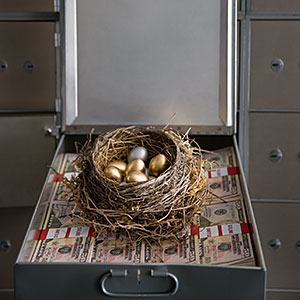 Box of money © Jonathan Kitchen Getty Images Getty Images
