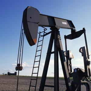 Oil Pump in Oklahoma © Arthur Tilley/Getty Images