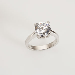 Diamond ring copyright Lew Robertson, Corbis