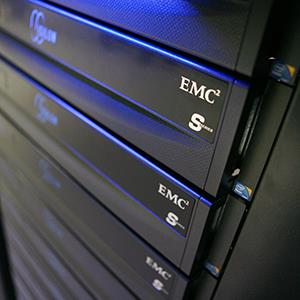 Data storage nodes are displayed at the EMC World conference in Las Vegas, Nevada on May 10, 2011 (© Ronda Churchill/Bloomberg via Getty Images)