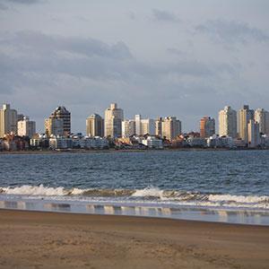 Image: Punta del Este, Uruguay (© Radius Images/Corbis)