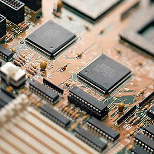 Circuit Board © Datacraft Co Ltd, imagenavi, Getty Images
