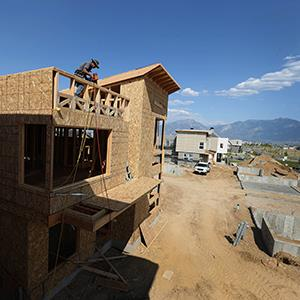 Construction of a new home in Daybreak, Utah. © George Frey/Bloomberg via Getty Images