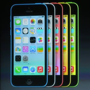 New iPhone 5C during an Apple product announcement at the Apple campus on September 10, 2013 in Cupertino, Calif. (© Justin Sullivan/Getty Images)