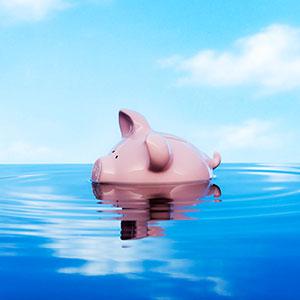 Piggy bank © Le Club Symphonie, Ian Nolan/Photodisc, Getty Images