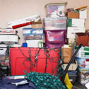 Unorganized items in garage (image100, SuperStock)