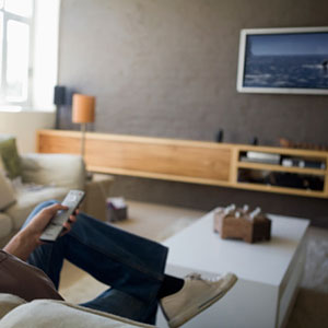 Image: Watching television (Klaus Tiedge/Getty Images/Getty Images)