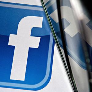 Facebook logo (Daniel Acker/Bloomberg via Getty Images)