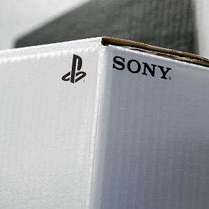 Boxes of Sony PlayStation 3 video game consoles for sale in Tokyo, Japan (&#169; Kiyoshi Ota/Bloomberg via Getty Images)