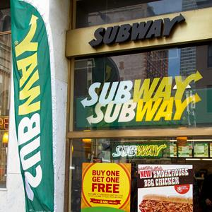 A Subway shop in New York City (© Ben Hider/Getty Images)