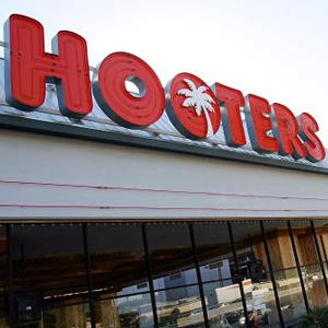 Hooters Casino Hotel in Las Vegas, Nev., on January 30, 2006 ( Ethan Miller/Getty Images)