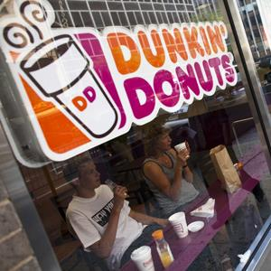 File photo of a Dunkin' Donuts Inc. store in Midtown Manhattan (Ramin Talaie/Getty Images)