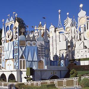 Credit: 'It's a Small World' attraction, Disneyland, Anaheim (© Greg Balfour Evans/Alamy)