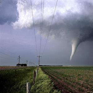 Tornado in Nebraska (© Gene Rhoden/Weatherpix/Getty Images)