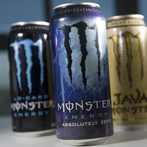 Cans of Monster Beverage Corp. energy drinks (© David Paul Morris/Bloomberg via Getty Images)