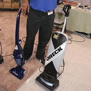 An Oreck vacuum at a home show in Miami, Florida (© Jeff Greenberg/Alamy)