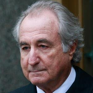 Bernard Madoff exits federal court in New York City on March 10, 2009 (c) Mario Tama/Getty Images