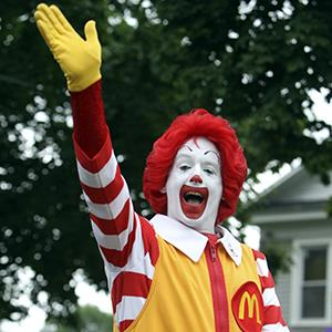 File photo of Ronald McDonald at a parade in Canastota, N.Y. on June 12, 2011 (© Mike Groll/AP Photo)