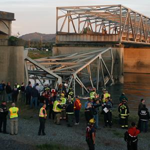 A portion of the Interstate-5 bridge collapsed into the Skagit river in Mount Vernon, Wash., on Thursday (© Joe Nicholson/AP)