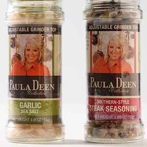 Paula Deen spice grinders (© Chris Walker/Chicago Tribune/MCT via Getty Images)