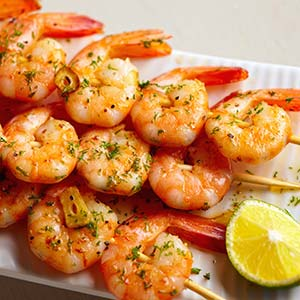 Shrimp skewers (© antares71/E+/Getty Images)
