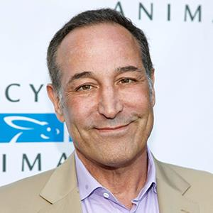 Sam Simon attends the Mercy For Animals Los Angeles Event 'Free To Be: A Night For Animals' on June 8, 2013 in Hollywood, Calif. (© Joe Kohen/FilmMagic)