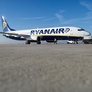 Ryanair Boeing 737 (© Jens Schlueter/DAPD/AP)