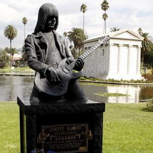 Johnny Ramone's grave at the Hollywood Forever Cemetery, in Los Angeles, on September 29, 2008 (© Amy T. Zielinski/Getty Images)