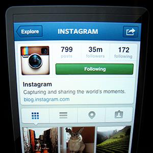 Instagram screen on an Apple ipad (© Mike Blake/Newscom/Reuters)