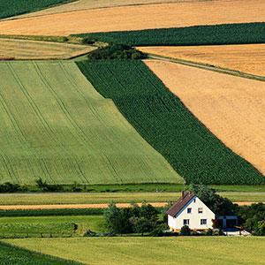 Farmhouse © Mark Karrass/Corbis