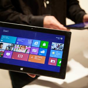 Microsoft's Surface tablet on display © Damian Dovarganes/AP Photo