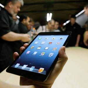 The iPad mini © Marcio Jose Sanchez/AP Photo