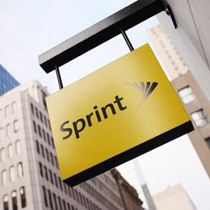 The Sprint sign hangs on Fifth Avenue in New York © DON EMMERT/AFP/Getty Images