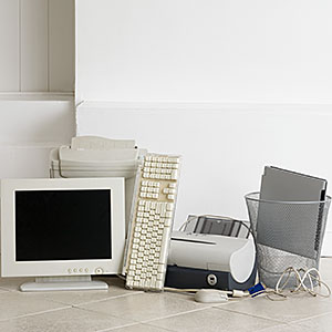 Old computer equipment (c) Image Source/Getty Images