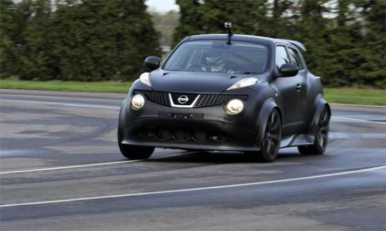 Nissan Juke-R production gets more power (c) Nissan