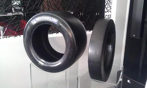Nissan DeltaWing front tyre (c) Motoring Research