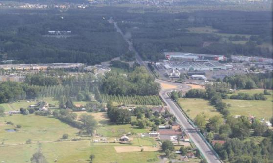 Helicopter view of the Mulsanne Straight, 2012 Le Mans (c) Motoring Research