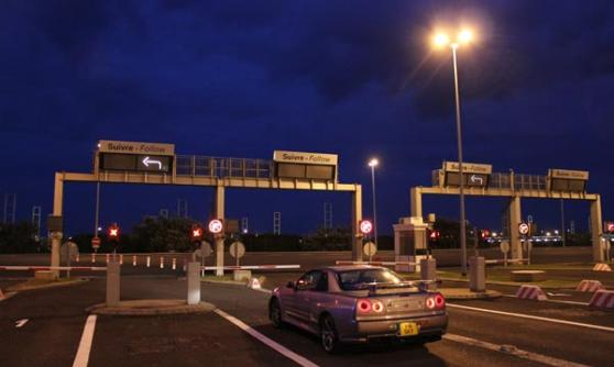 Nissan Skyline GT-R at the Eurotunnel (c) Motoring Research