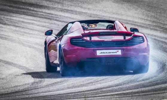 McLaren MP4-12C Spider drifting (c) McLaren Automotive