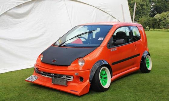 Mugen Honda with extra camber at Wilton House (c) CJ Hubbard / Motoring Research