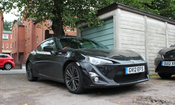 Toyota GT86 in the car park (c) CJ Hubbard / Motoring Research