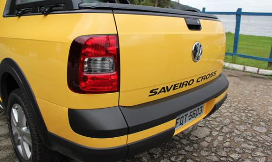 Volkswagen Saveiro Cross pick-up truck, Brazil (c) CJ Hubbard / Motoring Research