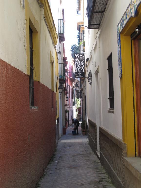 Una calle de Sevilla. Foto: Sebastián Álvaro