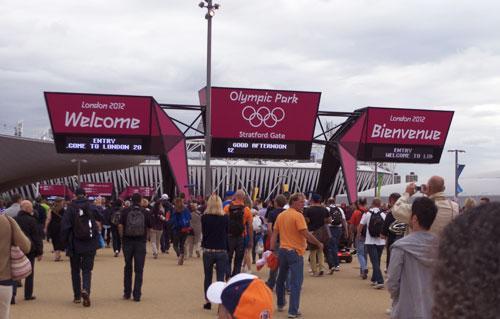 Entrada al Parque Olímpico . Foto : Lara Viejo