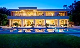 $150,000-per-month rental in Malibu, Calif. Courtesy of Realtor.com